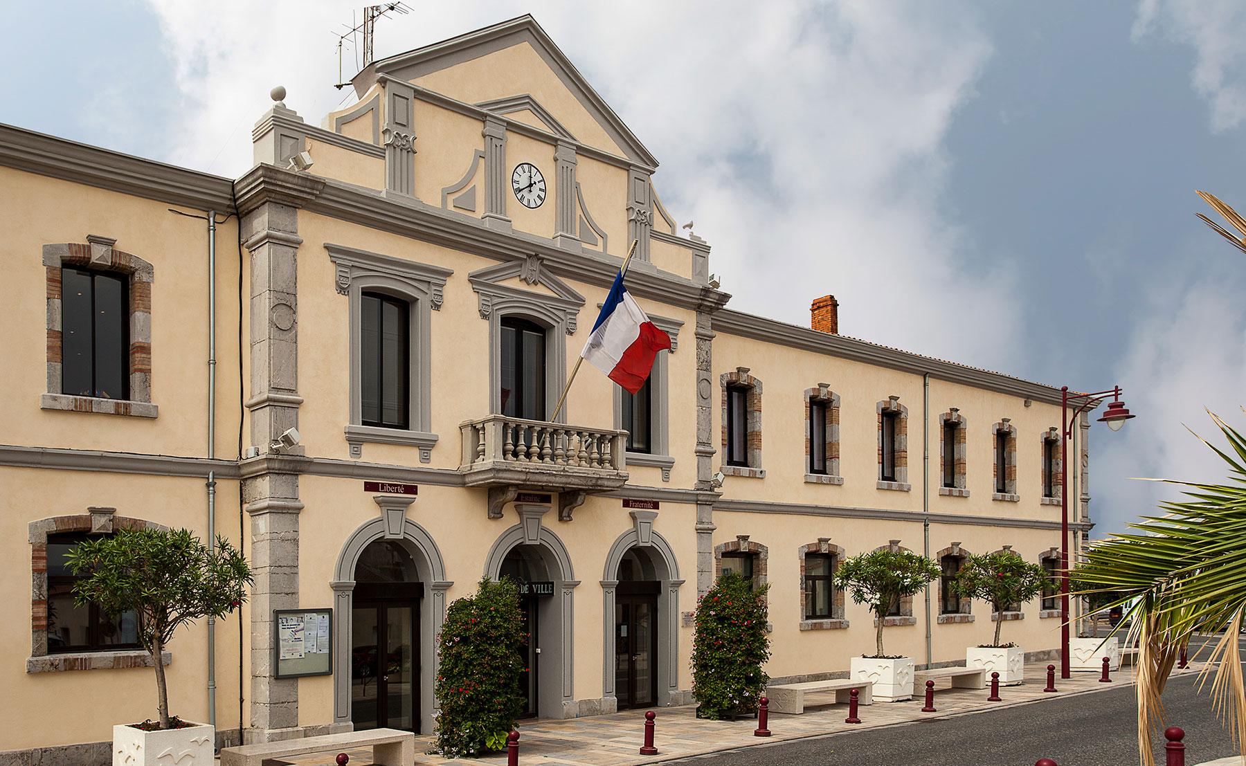 PORT LA NOUVELLE – HÔTEL DE VILLE